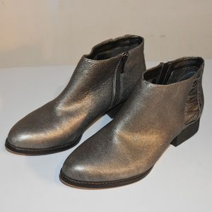 Vince Camuto ankle boots - 9.5M